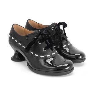 NWOT John Fluenvog Vintage Heeled Oxford Shoes